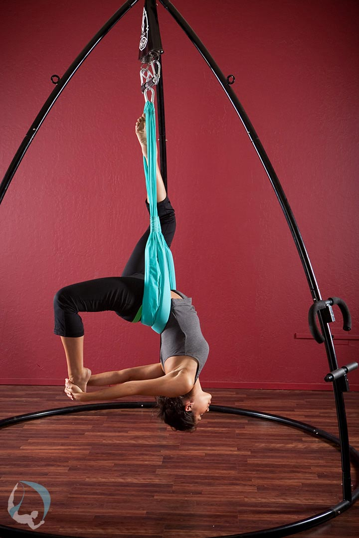 Swing Yoga Empower Yourself With Aerial Yoga Yoga