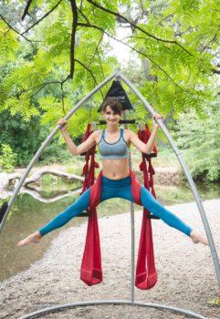 outdoors-river-yoga-swing-renata-01377