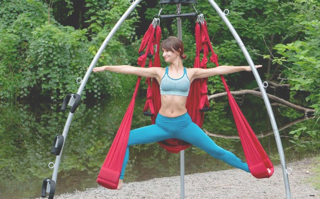 outdoors-river-yoga-swing-renata-05162-653b