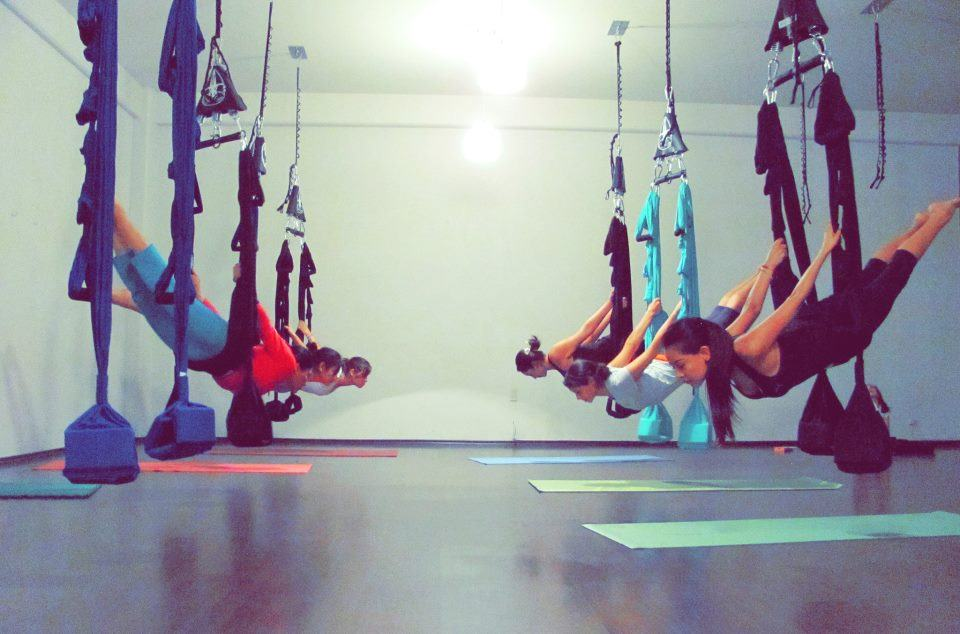 aerail-training-yoga-swing