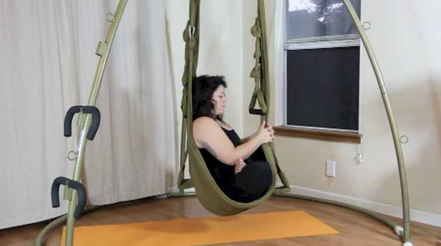 easy swing yoga digital product yoga swings trapeze stands since 2001. Black Bedroom Furniture Sets. Home Design Ideas